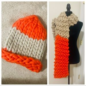 MULTICOLORED CROCHET SCARF AND HAT SET